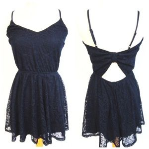 NWOT Bailey Blue Sz L Navy Lace Keyhole Dress
